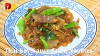 Thai Soy Sauce Fried Noodles | Thai Food | ผัดซีอิ้ว | Pad See Ew