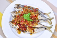 ปลาทูสามรส Fried Mackerel with Sweet Chili Sauce